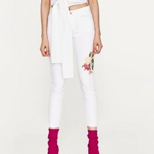 Zara Z1975 Floral Embroidered Jeans White Size 6